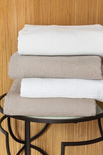 Ref CHAMPSAUR - couvre lit en pique de coton motif jacquard, 80% coton 20% polyester