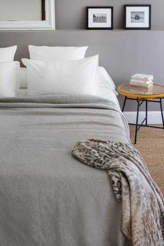 Ref CAMARGUE - Dessus de lit tissage jacquard - 80% coton - 20% polyester