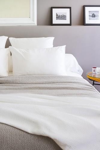 Couvres lit pique de coton et housses d'oreiller